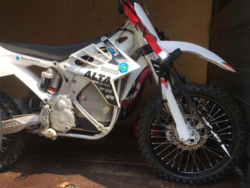MXR Von Alta Motors